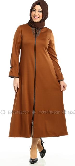 Model baju Muslim Trendy untuk Wanita Gemuk