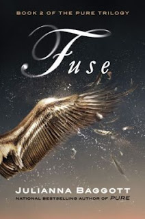 Review of Fuse by Julianna Baggott published by Grand Central