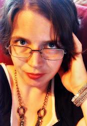 Amanda aka Dee