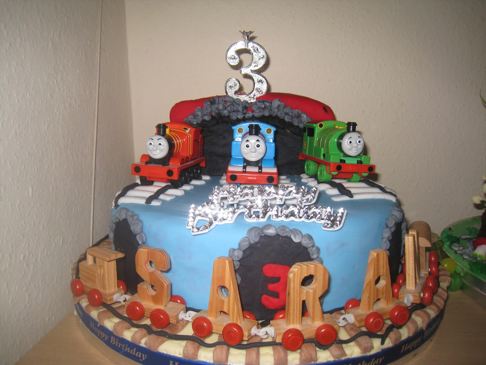 Cake Decor Thomas : Rajany s Cake Decorations and Sugarcraft: Thomas and ...