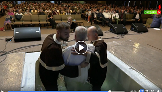 VIDEO: Botez la Sala Cireşarii Beiuş