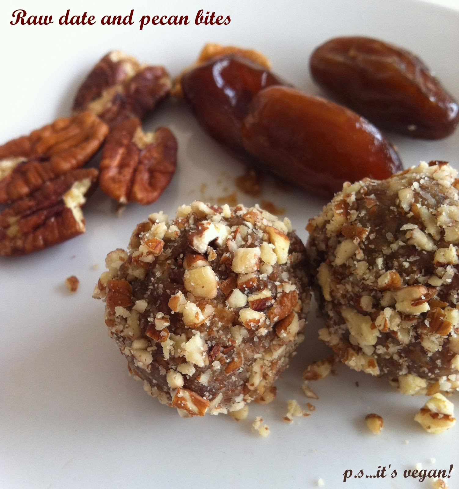 Raw date and pecan bites