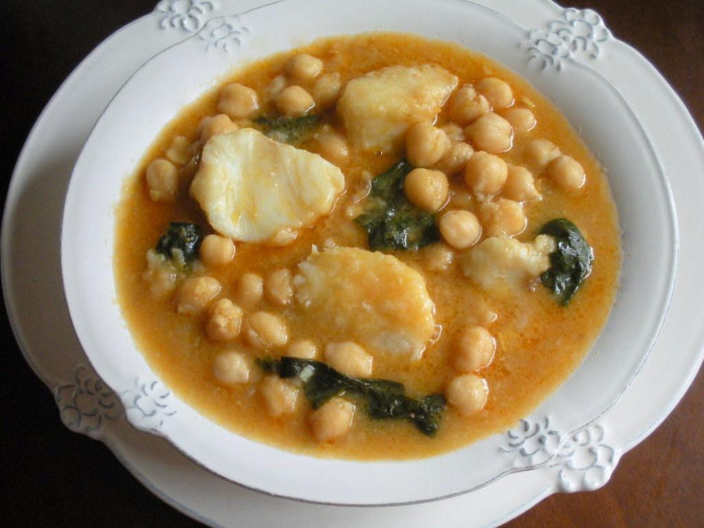 Aqu se cocina garbanzos con bacalao y espinacas potaje - Potaje de garbanzos y judias ...