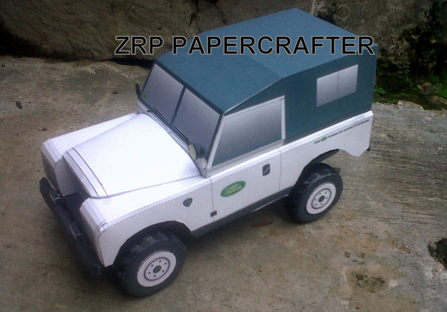 1979 Land Rover Series III Papercraft