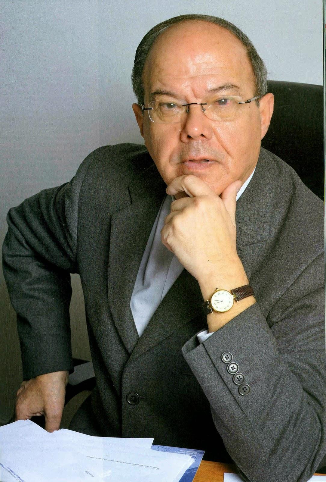Resultado de imagem para Januário Torgal Ferreira