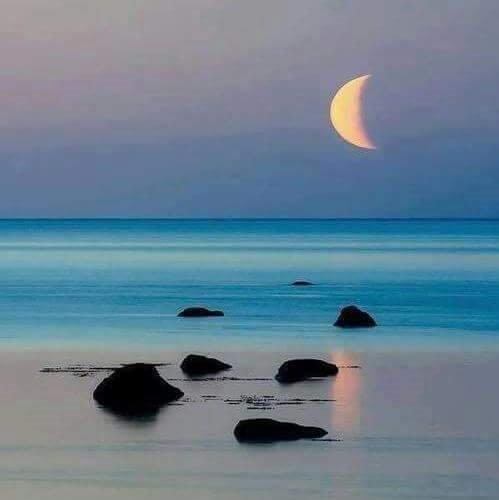 Καλοκαιρινό φεγγάρι....