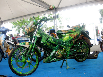 Foto Modifikasi Satria FU Air Brush Terbaru 2014