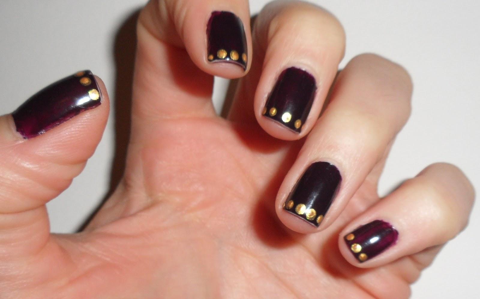 Nailificent: Perfect plum nail art