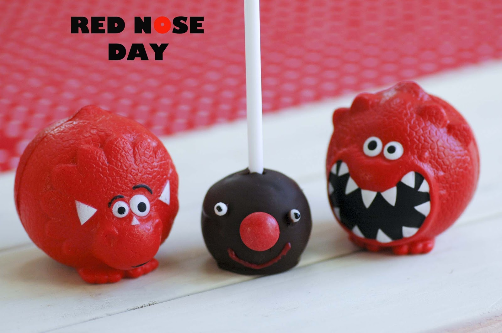 Red Nose Cake Images :
