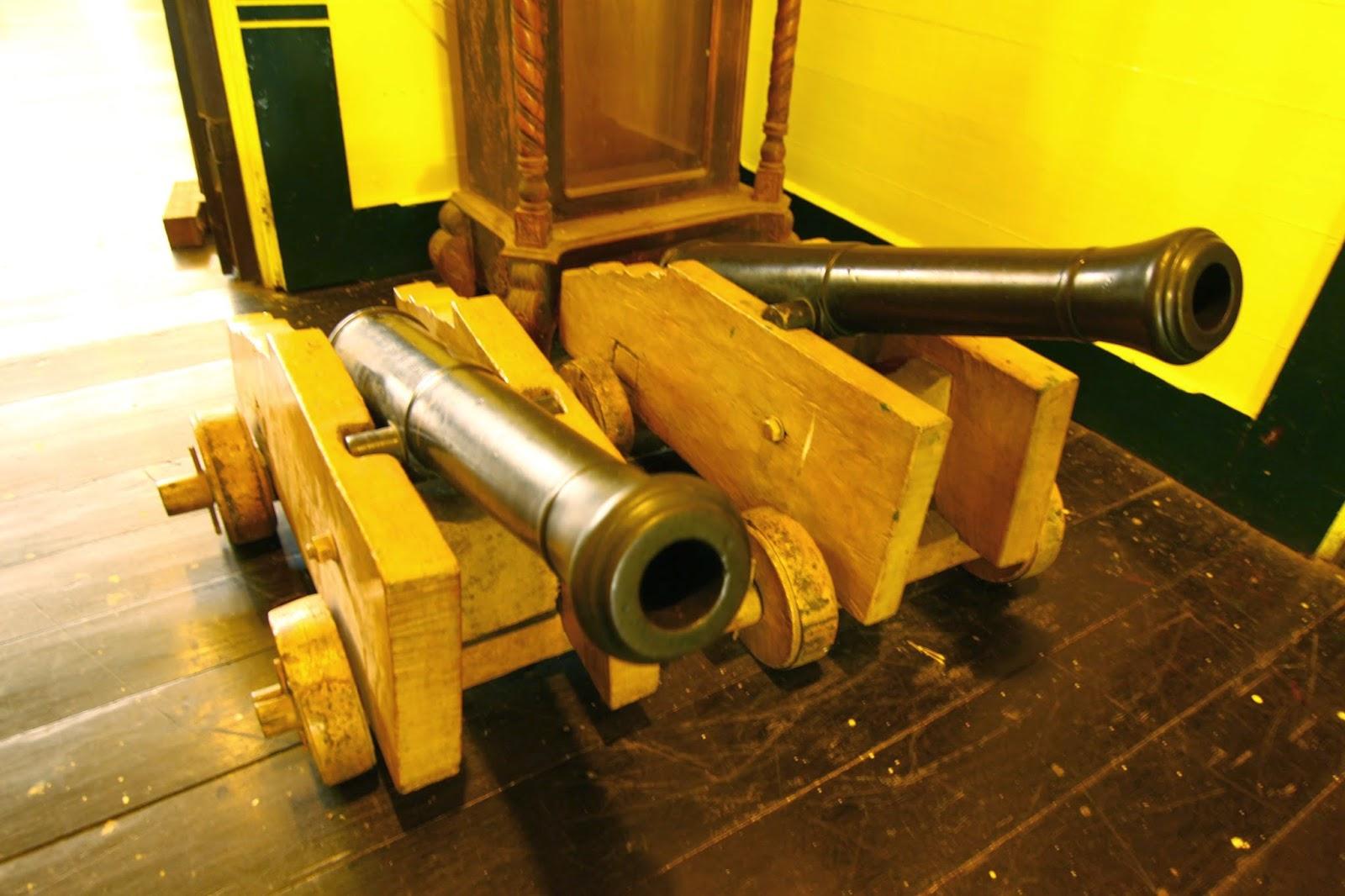 Meriam yang dipercayai digunakan untuk mengusir Kuntilanak aka Pontianak