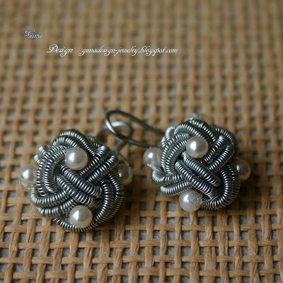 Celtic Eternal Wire Knot Earrings with Beads by Gunadesign
