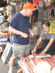 Buying Bolo Knives on Mindenao