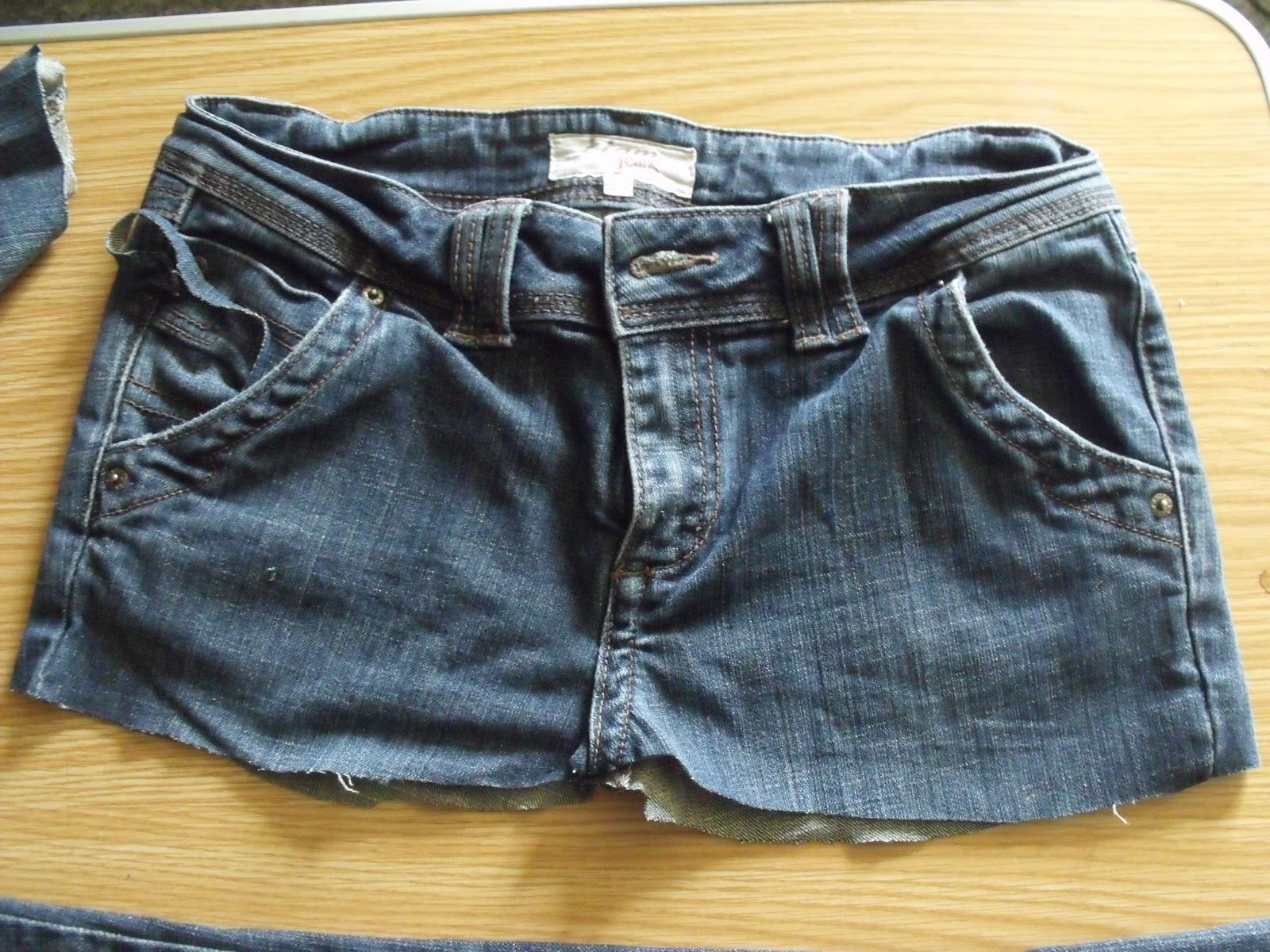 chez fine poppins tuto une jupe avec un vieux jean. Black Bedroom Furniture Sets. Home Design Ideas