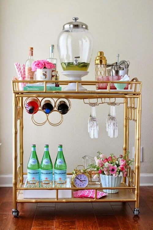 Mueble bar bambú dorado femenino