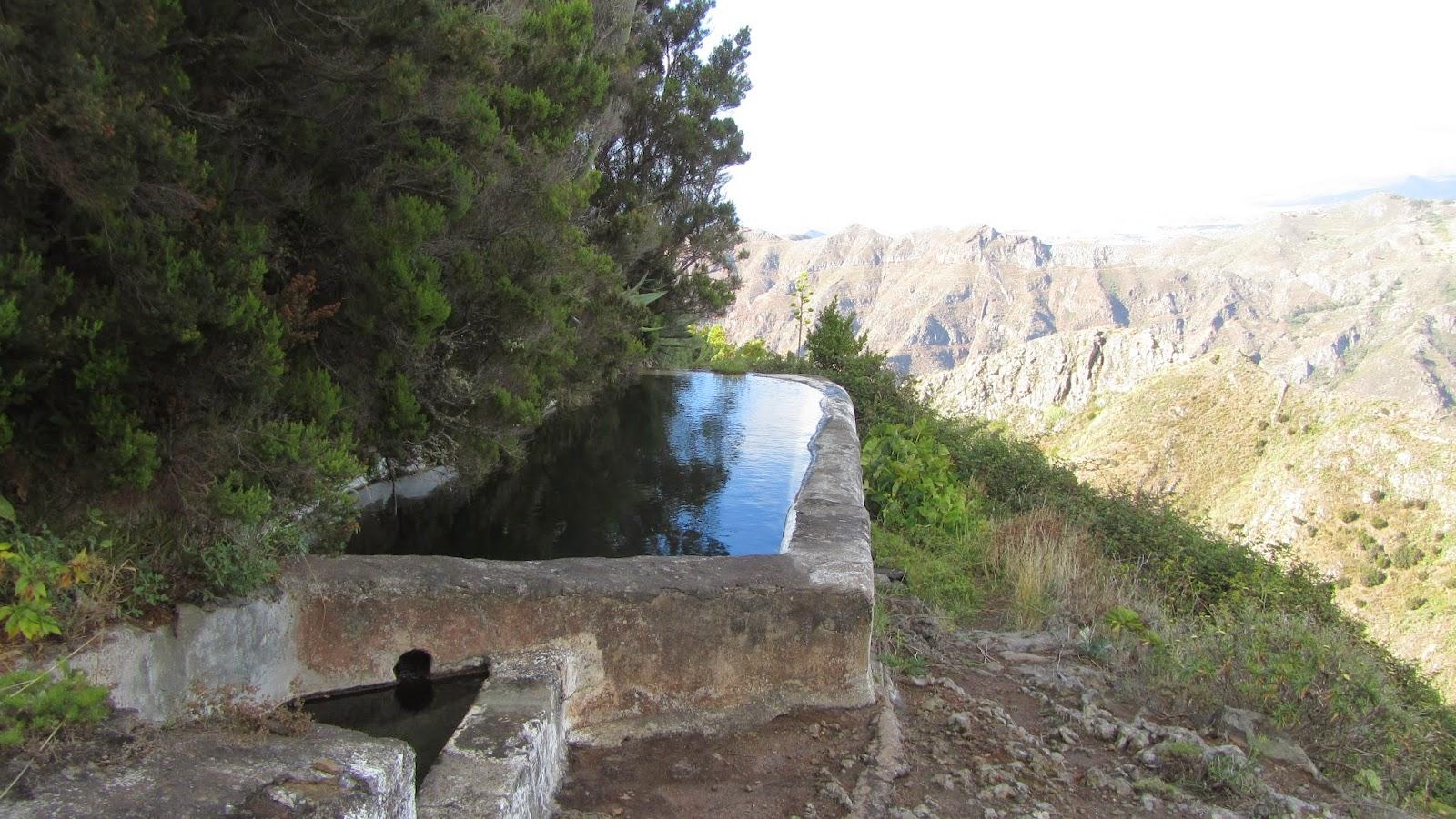 Mis senderos canarios ruta ocho valleseco taborno por for Pica lavadero roca