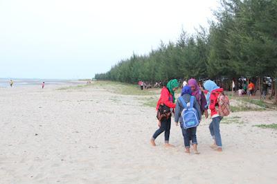 Harmoni Pantai Karang Jahe