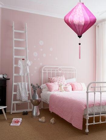 Lampionsenzo.nl: Roze hanglamp voor kinderkamer