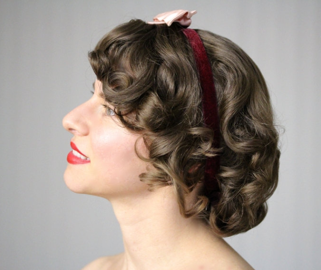 Vintage Velvet & Bow Headband #bow #vintage #hair #style #1940s #pink