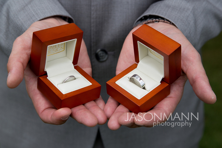 Door County wedding. Wedding rings in wood box. Photo by Jason Mann Photography, 920-246-8106, www.jmannphoto.com