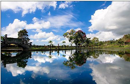 Tourism Bali Island - Indonesian | Suraflin Blog