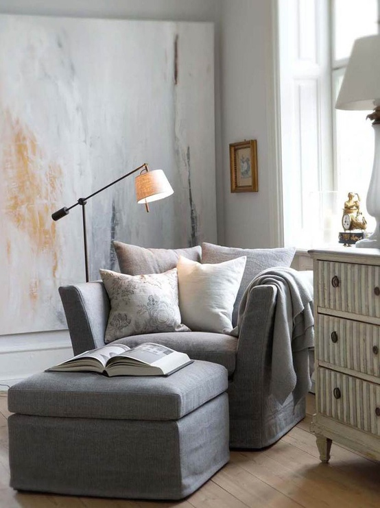 Roses and rust grey goodness for Grey comfy chair