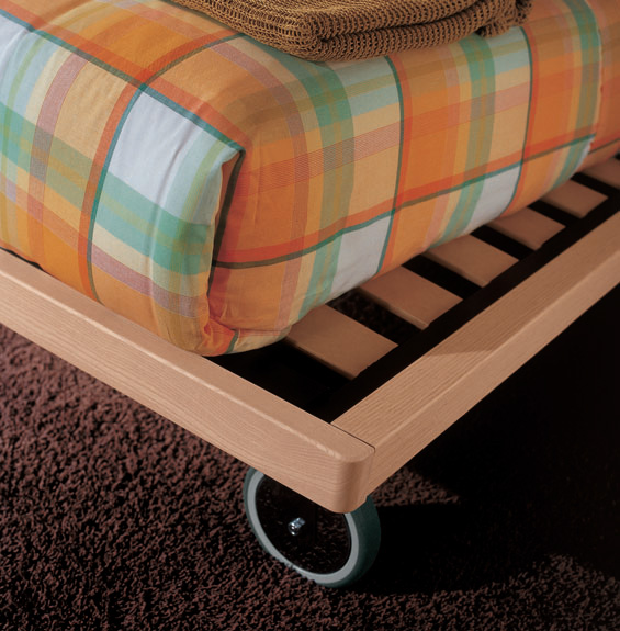rubber wheels bed, Image