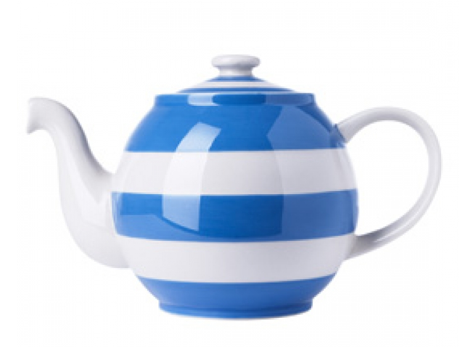 Cornishware Tea Pot - totally adorable at The Blog Guidebook