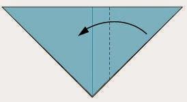 Bước 3: Gấp góc bên phải của tờ giấy vào trong tại vị trí đường đứt đoạn.