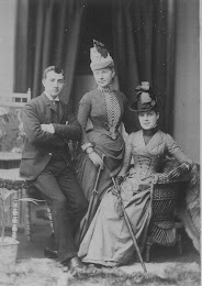Lilly McPherson (centre) with siblings, Walter and Henrietta