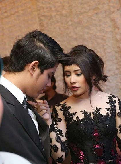 Foto Mesra Aliando dan Prilly 7