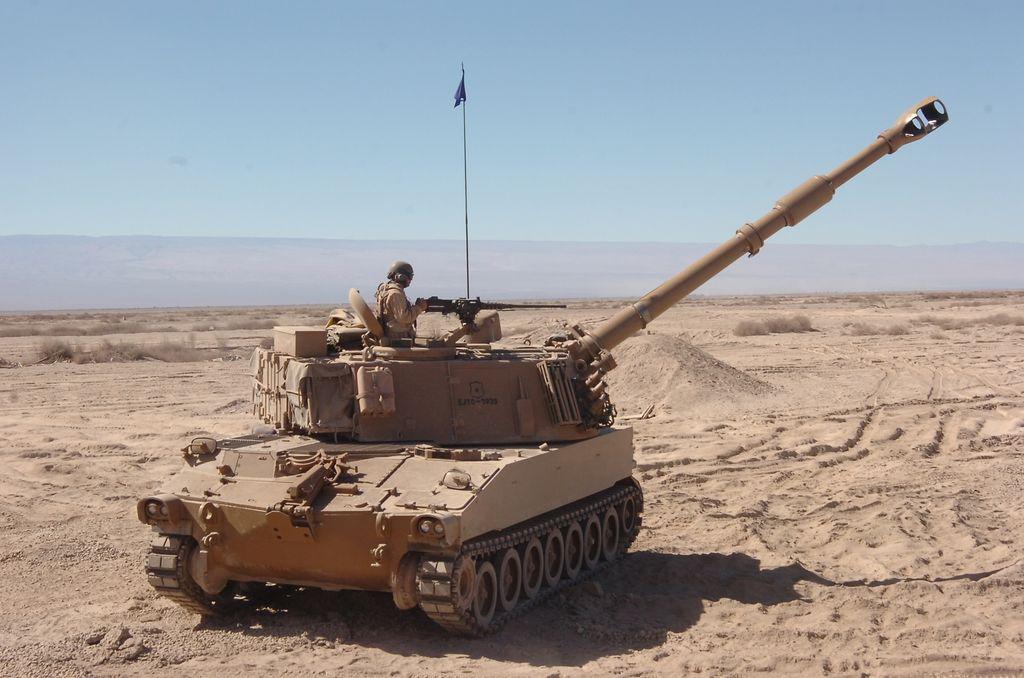 Fuerzas Armadas de Chile 4908347354_a87785b891_b