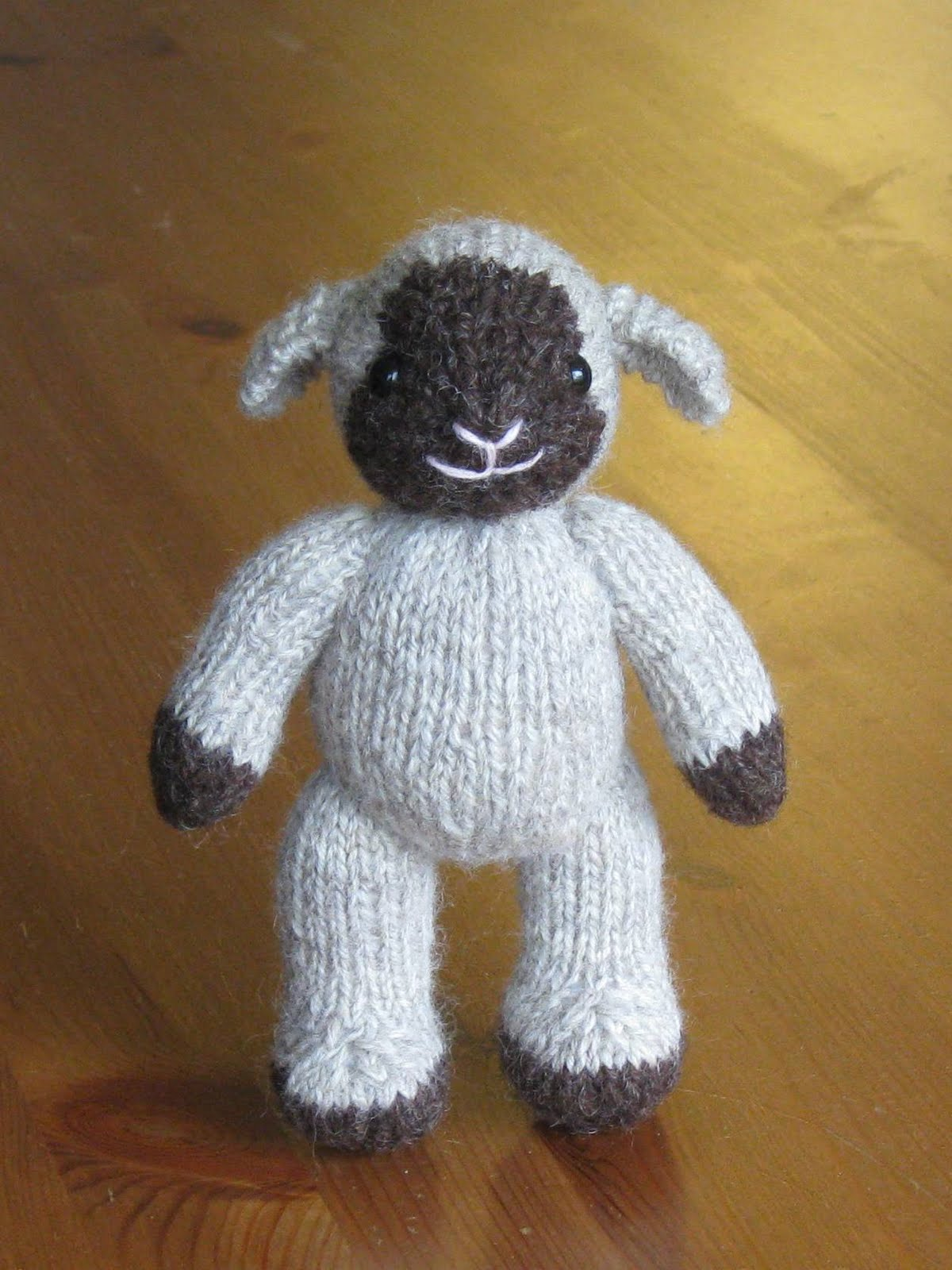Knitting Animals From Squares : Pogknits october