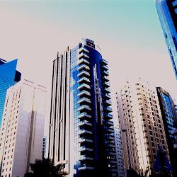 foto-foto gedung tua di perkotaan - gedung pencakar langit