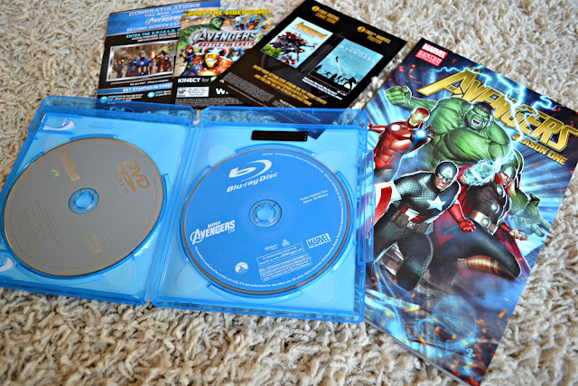 Avengers Blu-Ray/DVD Graphic Novel Combo Pack exclusive from Walmart, #MarvelAvengersWMT