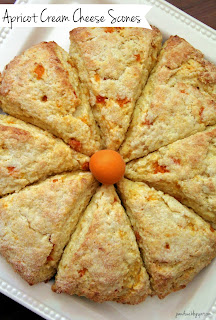 Jo and Sue: Apricot Cream Cheese Scones
