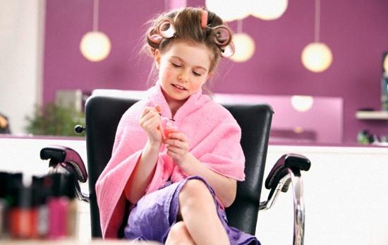 Escovação e modelagem para crianças