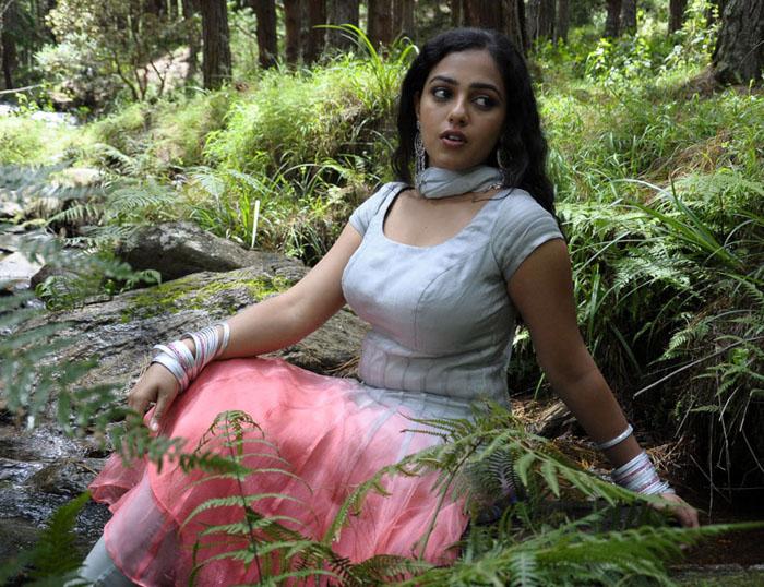 Magicdesi Mallu Movie Actress Nithya Menon Hot Images