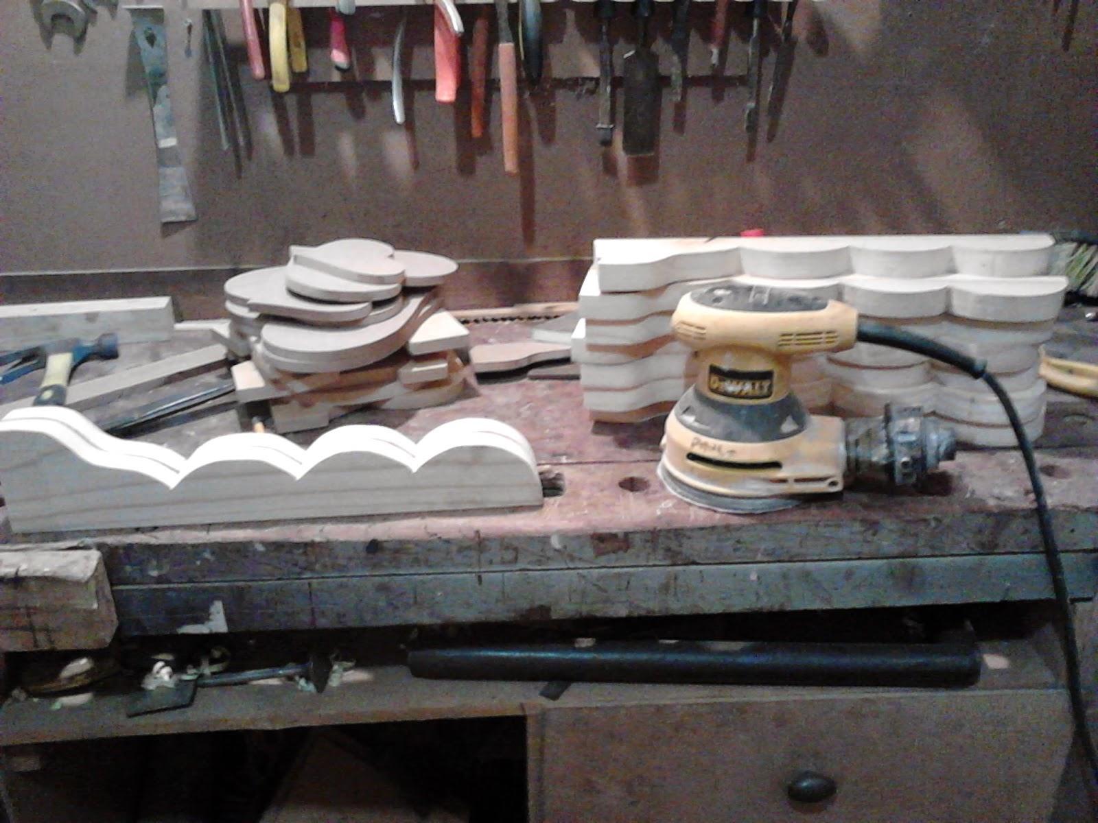 para dar uma primeira ajeitada e tirar a oxidação da madeira #7D664E 1600x1200