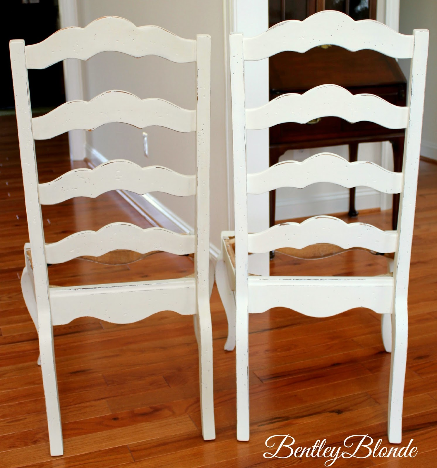 Painted ladder back chairs - Here Are 2 Of My Dining Chairs The Left Chair Is Painted In Old Ochre And The Right Is Painted In Old White As You Can See Old Ochre Is Just A