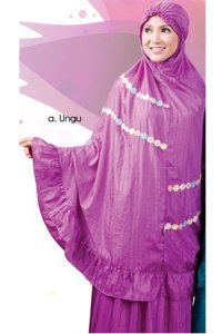 Mukena Dewasa Tatuis Allura 030 - Ungu (Toko Jilbab dan Busana Muslimah Terbaru)