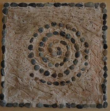 Creargiocando quadri di sabbia sassi e conchiglie - Piastrelle con brillantini ...