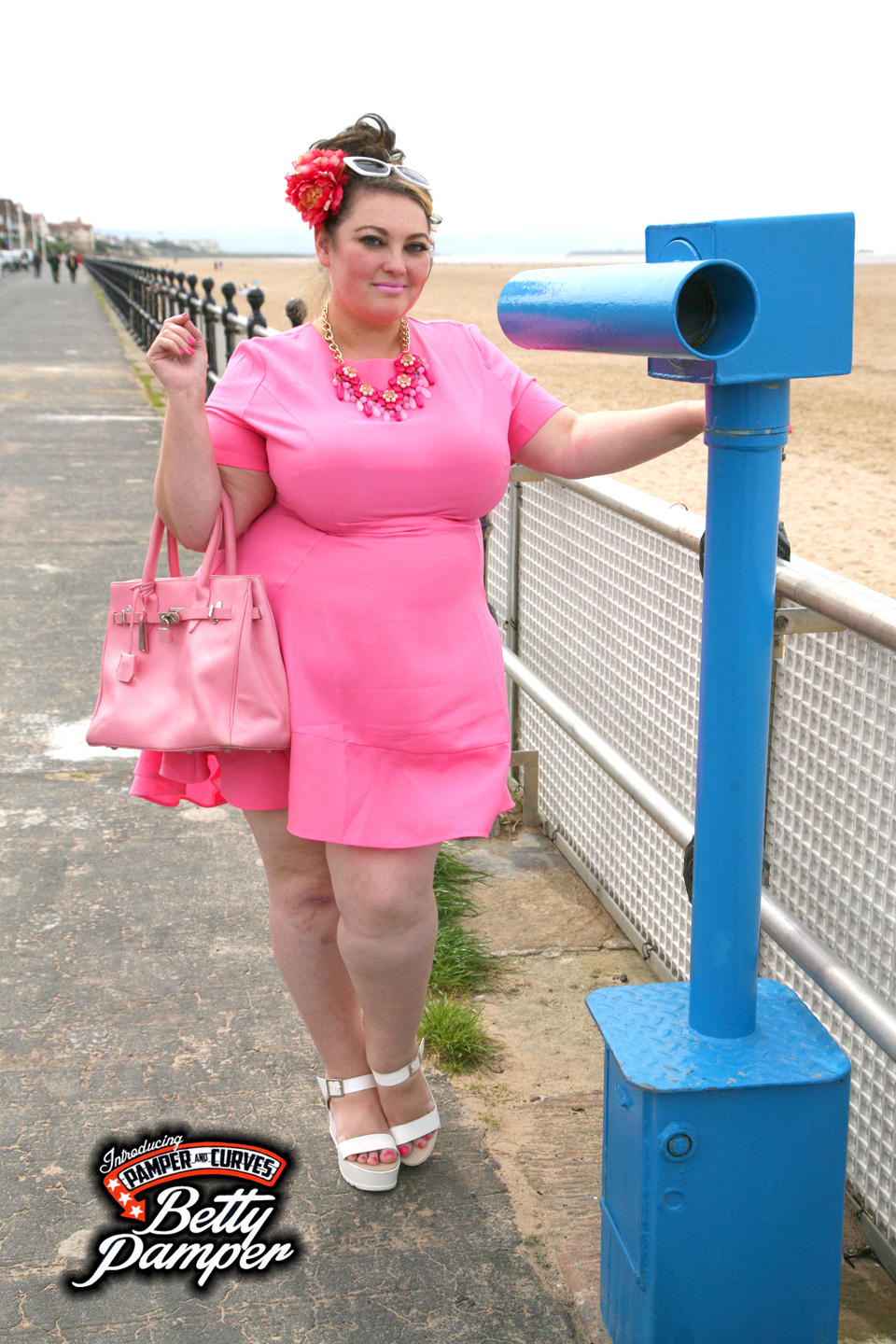 Lovedrobe Crepe Dipped Hem Swing Dress-A review | Pamper and Curves
