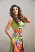 Isha talwar latest sizzling pics-thumbnail-9