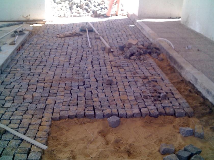Ezequiel heredia obras diciembre 2012 for Adoquin para estacionamiento