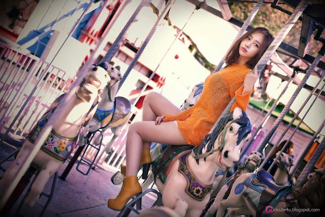 1 Shin Hae Ri outdoor - very cute asian girl-girlcute4u.blogspot.com