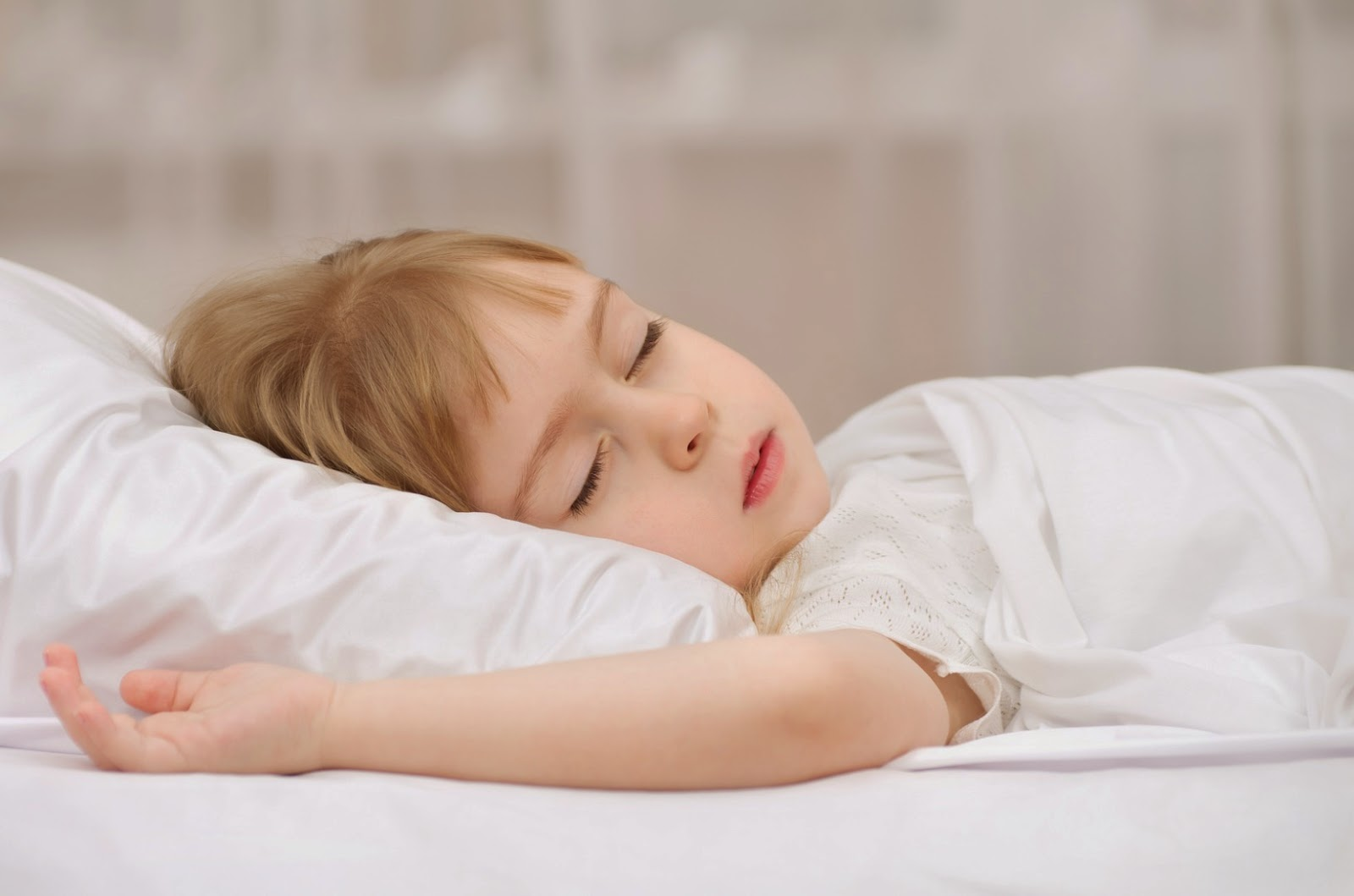 pictures of little girl sleeping