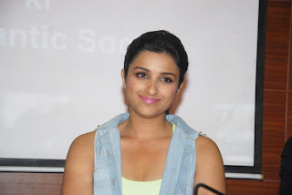 Parineeti Chopra latest wallpapaers 2013