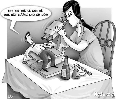 Biếm họa đưa hết lương cho vợ vì soi quá kĩ