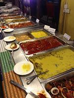 Sajian Hidangan Utama Restoran Rebung