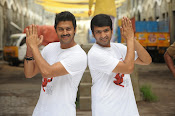 Nambiyaar Tamil Movie Photos Gallery-thumbnail-13